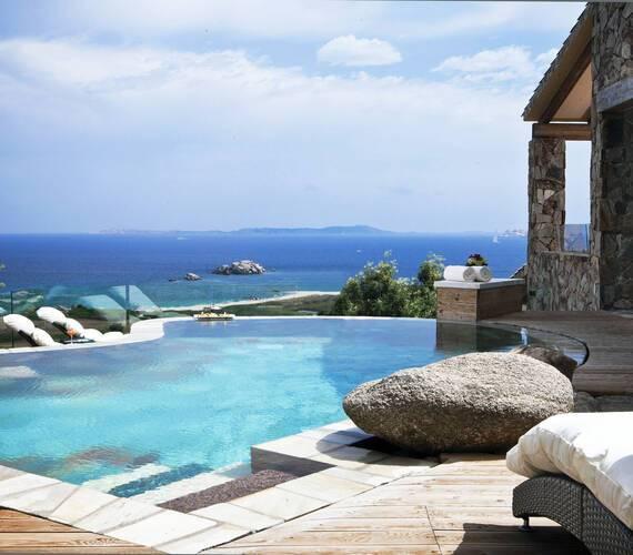 Valle Del Erica Sardaigne licciola suite president piscine